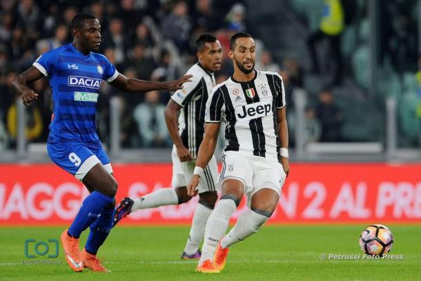 Duvàn Zapata e Benatia nel match dell'andata. Fonte: www.facebook.com/UdineseCalcio1896