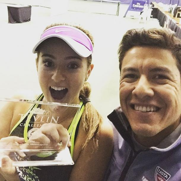 Catherine Bellis (L) and Anibal Aranda pose for a selfie with the winner's trophy after Bellis won the 2016 Tevlin Challenger. | Photo via Aranda's Instagram page