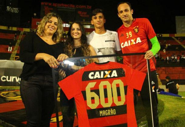 Goleiro leonino possui mais de 600 jogos com a camisa rubro-negra (Foto: Williams Aguiar/Sport)