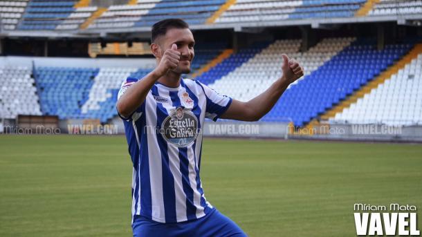 Presentación en Riazor como jugador del Deportivo. Foto: Miriam Mata, VAVEL