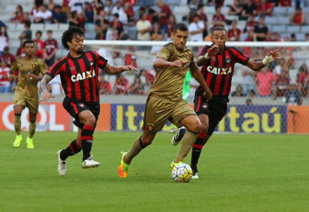 Diego Souza(foto), passou em branco dessa vez. (Foto: Williams Aguiar/Sport Club do Recife)