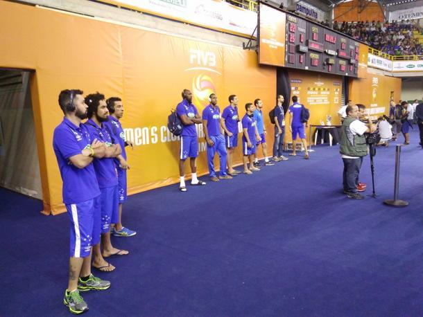 Atletas do Cruzeiro de olho em Bolivar e Trentino (Foto: Charley Moreira/VAVEL Brasil)