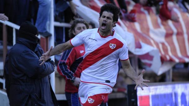 Diego Costa celebrando un gol con el Rayo Vallecano. Fuente: Diario AS