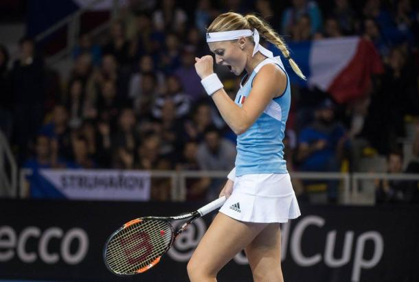 Mladenovic fired up as she closes out the second set | Photo: Fed Cup