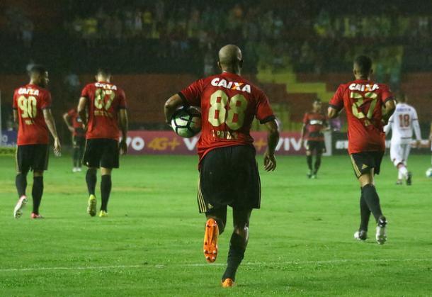 Jogador rubro-negro marcou três gols na Série A e foi o terceiro artilheiro da equipe (Foto: Williams Aguiar/Sport)