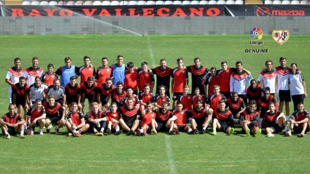 La plantilla del Rayo Vallecano Genuine | Fotografía: La Liga