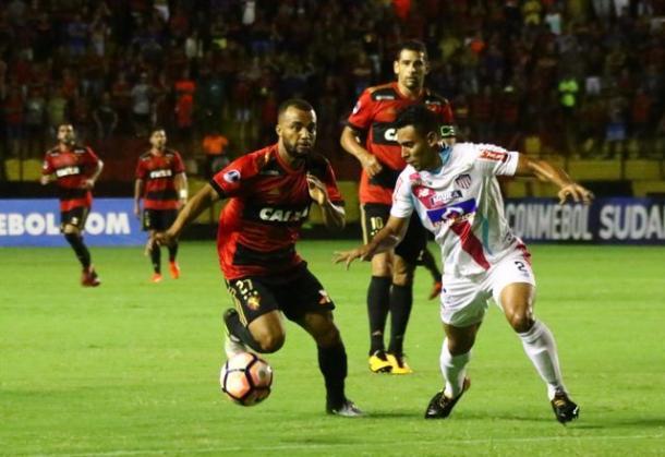 Leoninos agora viram a chave para evitar o rebaixamento à Série B (Foto: Williams Aguiar/Sport)