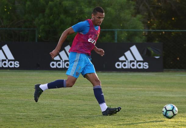 Néris atuou por apenas uma vez com a camisa rubro-negra em 2017 inteiro (Foto: Williams Aguiar/Sport)