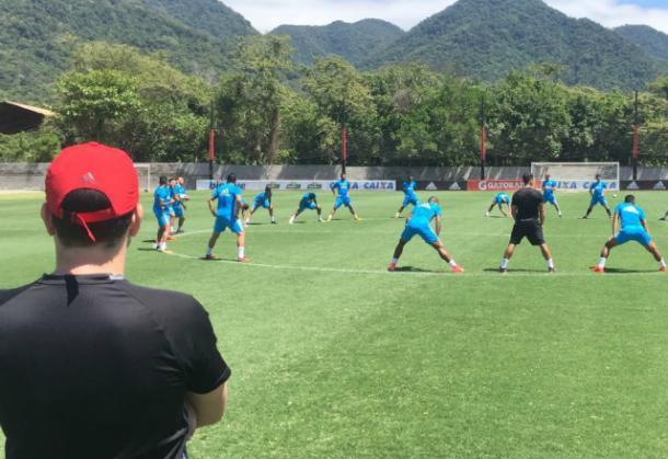 Rubro-negros encerraram preparação para encarar o Flu no CT do Flamengo (Foto: Williams Aguiar/Sport)