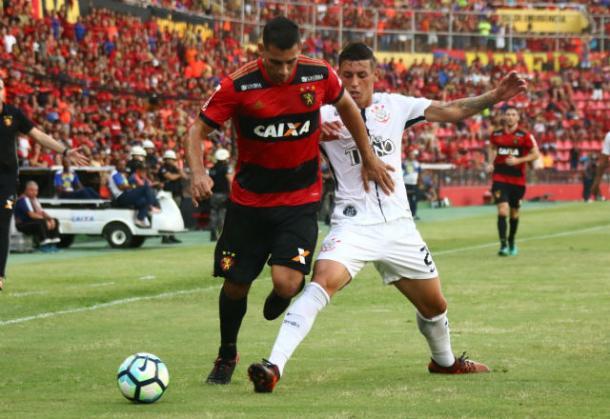 Leão fechou sequência de 81 jogos com vitória sobre o Corinthians (Foto: Williams Aguiar/Sport)