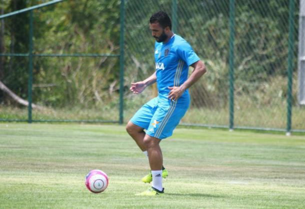 Ronaldo Alves foi o único zagueiro a se reapresentar no Leão para 2018 (Foto: Williams Aguiar/Sport)
