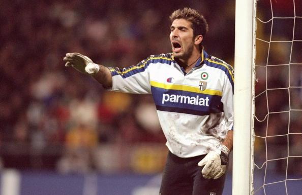 Buffon en uno de sus últimos años en el Parma. // Foto: Getty Images