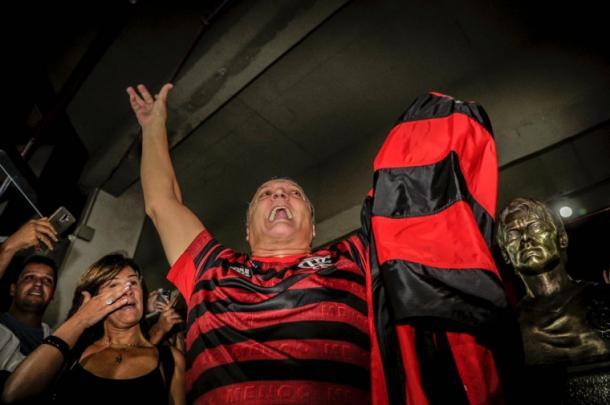 Leandro homenageado na Gávea. (Foto: Marcelo Côrtes/ C.R. Flamengo)