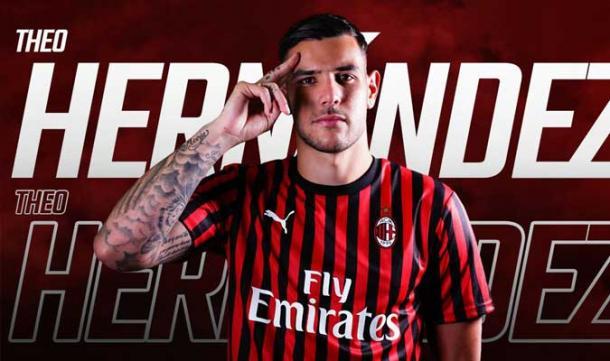 Theo Hernandez con el Milán. Fuente: AC Milan