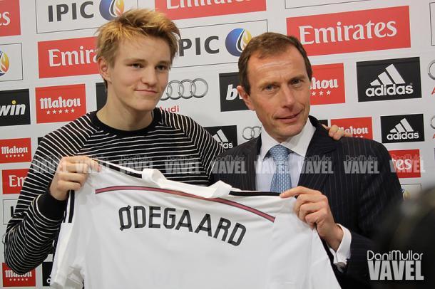Martin Odegaard es presentado como jugador del Real Madrid | Foto: Dani Mullor, VAVEL España