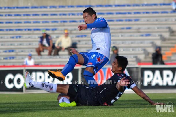 Óscar Rojas ante Monterrey en el Clausura 2015 | Foto: Rodrigo Peña VAVEL