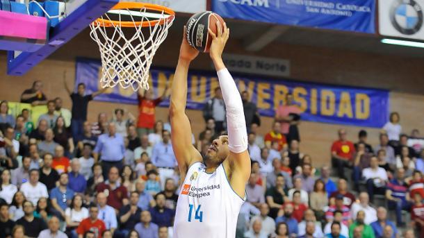 Gustavo Ayón | Foto: ACB.com