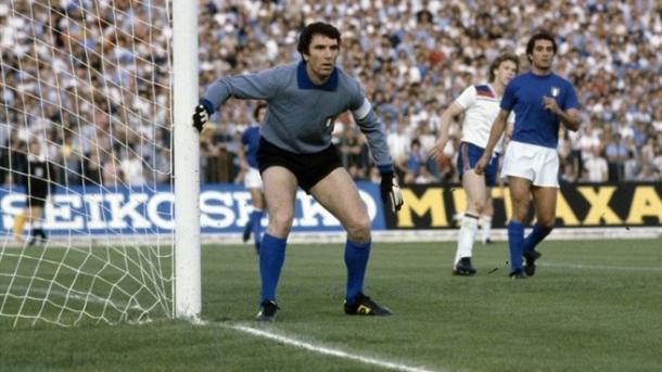 Zoff achieved plenty with Juve and his country Italy in the 1970s. (Photo: UEFA)