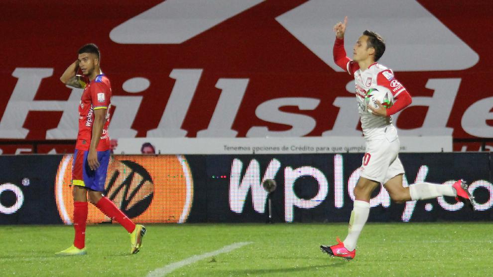 El gol más reciente de Seijas con la camiseta de Santa Fe. Imagen: Vizzor Image.