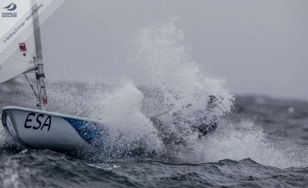 Tough start to day seven of the sailing event | www.sailing.co.uk