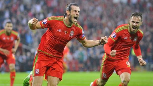 Gareth Bale and Wales lie in wait for the Republic of Ireland | Photo: Yahoo