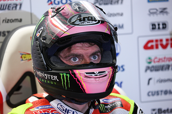 Pink for Willow: Crutchlow's helmet in tribute to new born daughter Willow - www.lcrhonda.com