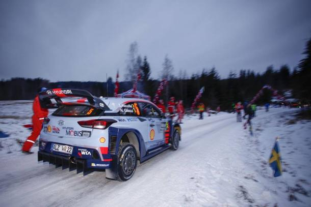 Fonte: Fan Club Thierry Neuville