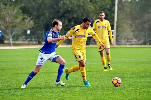 El capitan Ramon Folch y el Reus se impusieron en un partido amistoso a un equipo de Primera Division sueco. (Foto: CF Reus)