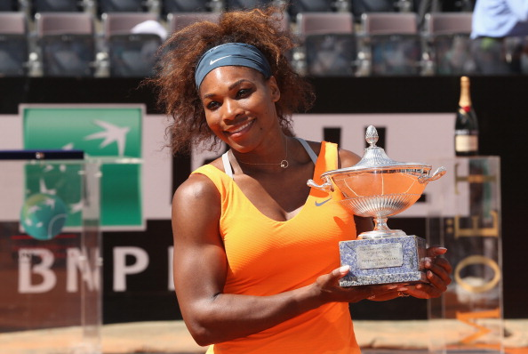 Serena Williams poses with the Internazionali BNL d'Italia trophy in Rome/Getty Images