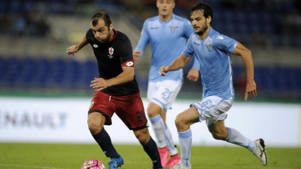 Pandev in azione durante l'ultimo scontro diretto tra Lazio e Genoa. Fonte foto: it.eurosport.com