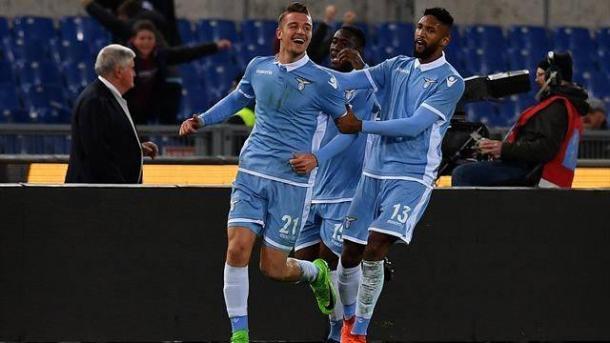 Milinkovic-Savic esulta per il suo gol nel derby.   eurosport.com