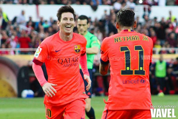 Messi y Neymar celebrando un gol contra el Sevilla. 2014/2015. Foto: VAVEL