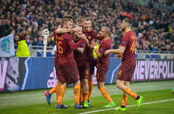 L'esultanza giallorossa dopo il gol di Salah a Lione. | asromarumours.com