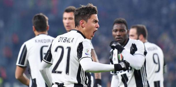 Paulo Dybala festeggia il suo gol contro il Milan in Coppa Italia di quasi un mese fa. | ilpost.it