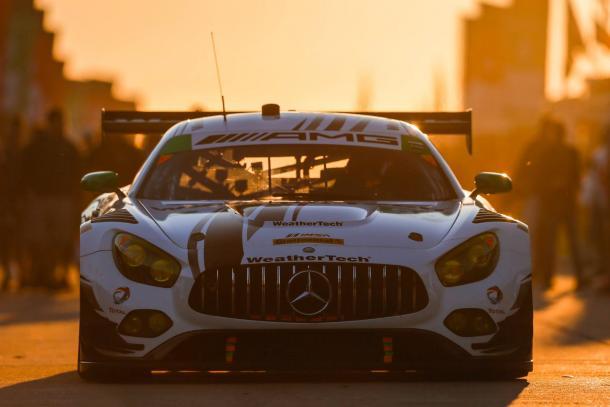 Mercedes faz dobradinha na classe GTD. (Foto: IMSA)
