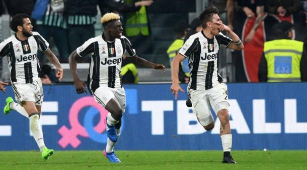 L'esultanza di Dybala dopo il gol del decisivo 2-1 al Milan di qualche settimana fa.   corrieredellosport.it