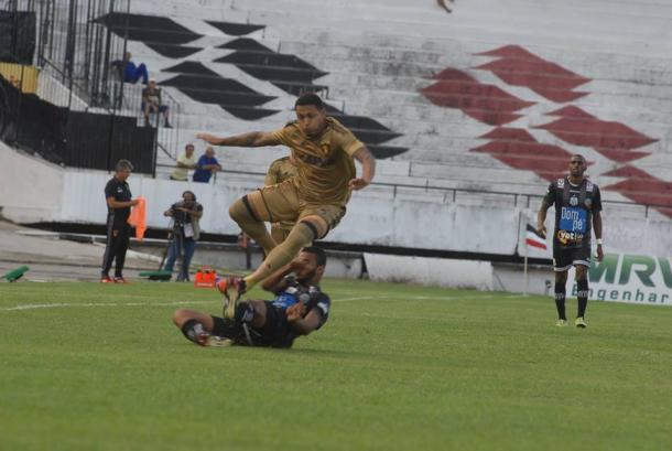 Leão e Patativa pecam na finalização e ficam no zero (Foto: Genival Fernandes/Especial à VAVEL Brasil)