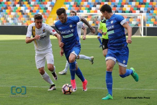 Thereau in azione contro il Belluno. Fonte: www.facebook.com/UdineseCalcio1896