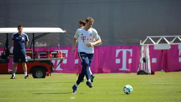 Neuer, goleiro da Alemanha, coloca em dúvida participação no Mundial