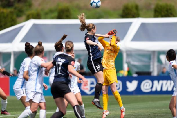 Haracic battles for the ball during a set piece | Source: skybluefc.com