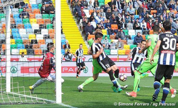 Angella e la sua zampata per il 2-0. Fonte: www.facebook.com/UdineseCalcio1896