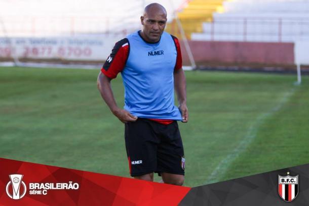 Experiente atacante Edno disputa Série C pelo Botafogo de Ribeirão Preto| Foto: Divulgação|Botafogo-SP