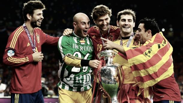 Piqué celebrando la Eurocopa de 2012 | Foto: UEFA