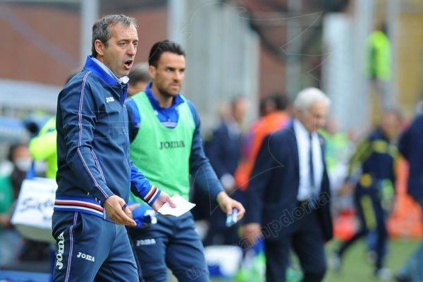 Mister Giampaolo nel match col Chievo. Fonte: https://www.facebook.com/sampdoria