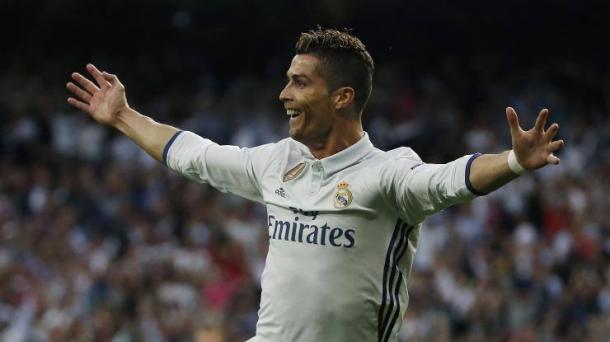 I festeggiamenti delle Merengues quando batterono 0-3 i Colchoneros in campionato. E anche in quell'occasione, Cristiano Ronaldo ne fece 3... | lapresse.it