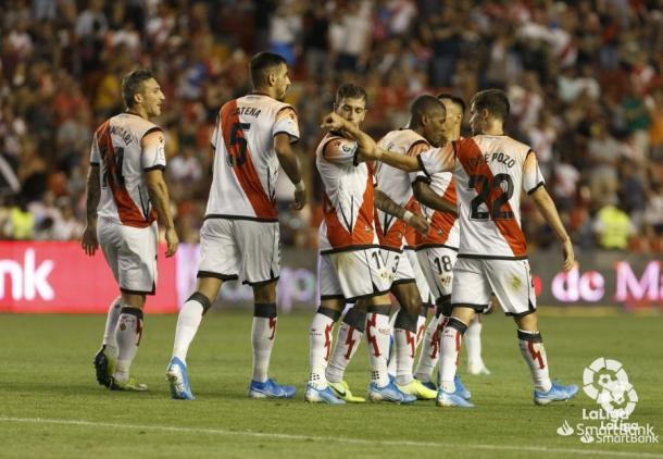 Embarba tras uno de sus goles ante el Mirandés | Foto: LaLiga Smartbank