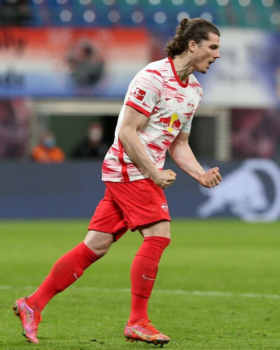 Marcel Sabitzer y su grito de gol / Foto: @bundesliga