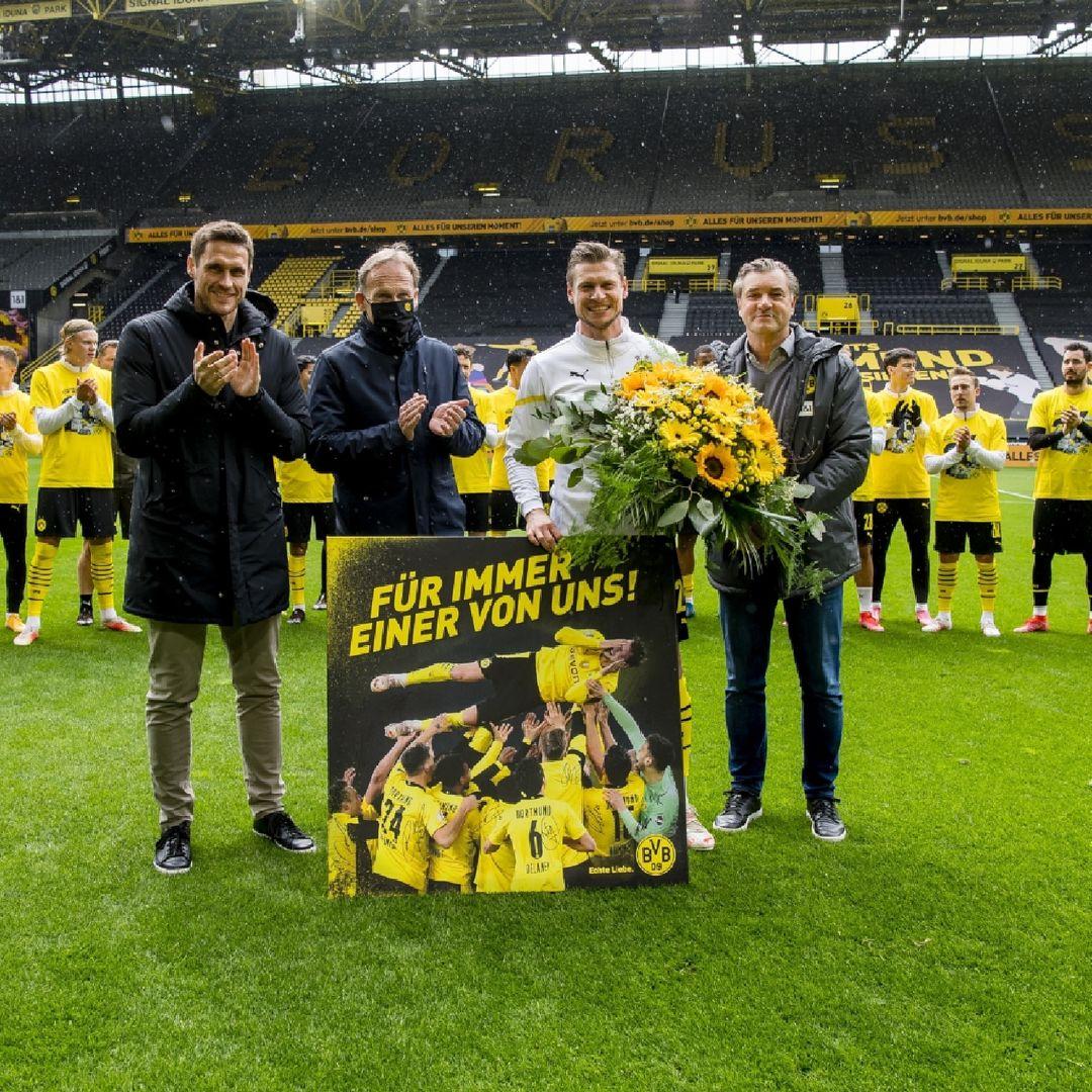 Piszczek en su despedida del Dortmund / Foto: @lukaszpiszczek_lp26