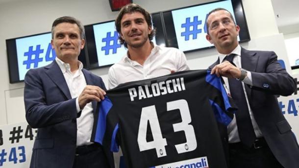 Paloschi's unveiling | Photo: corrieredellosport.it