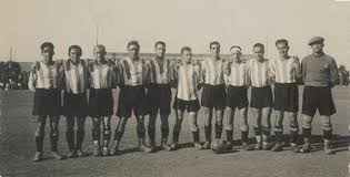 Una de las primeras alineaciones del Deportivo Alavés. Fuente: deportivo alaves